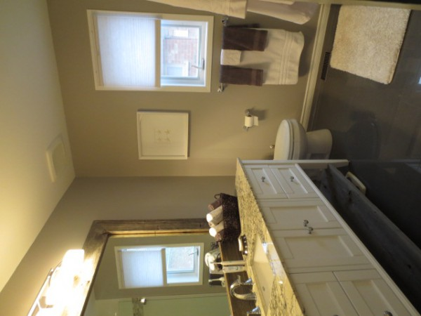 Custom Bathroom & Bathroom Cabinets